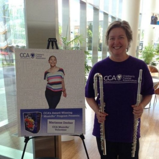 Playing music in the hospitals through the Children's Cancer Association